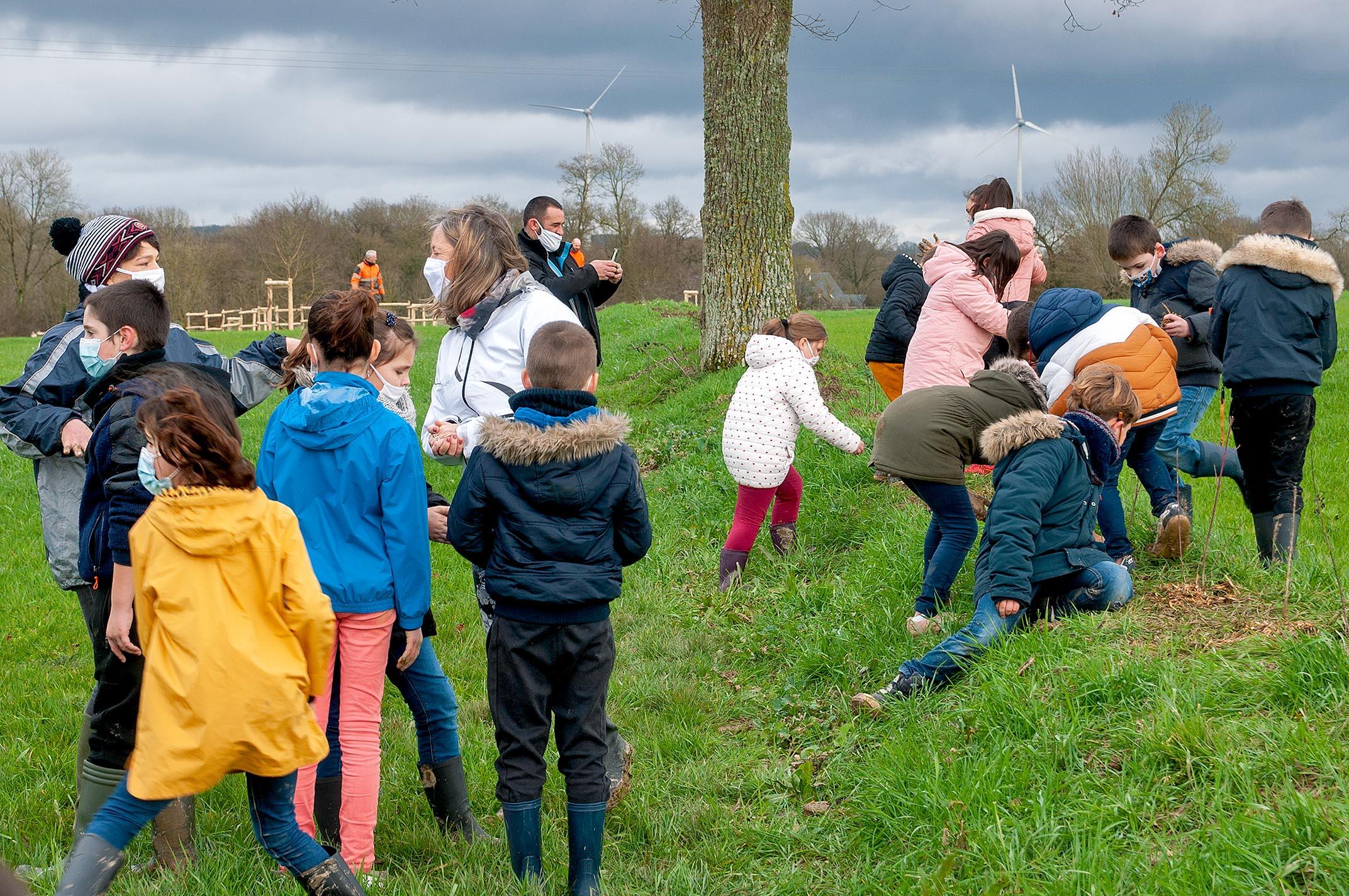 Programme pédagogique Chère Don Isac : Découvrir l'environnement proche